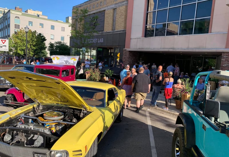 Downtown Jackson Cruise In - a kid-friendly and family-friendly event in Jackson Michigan