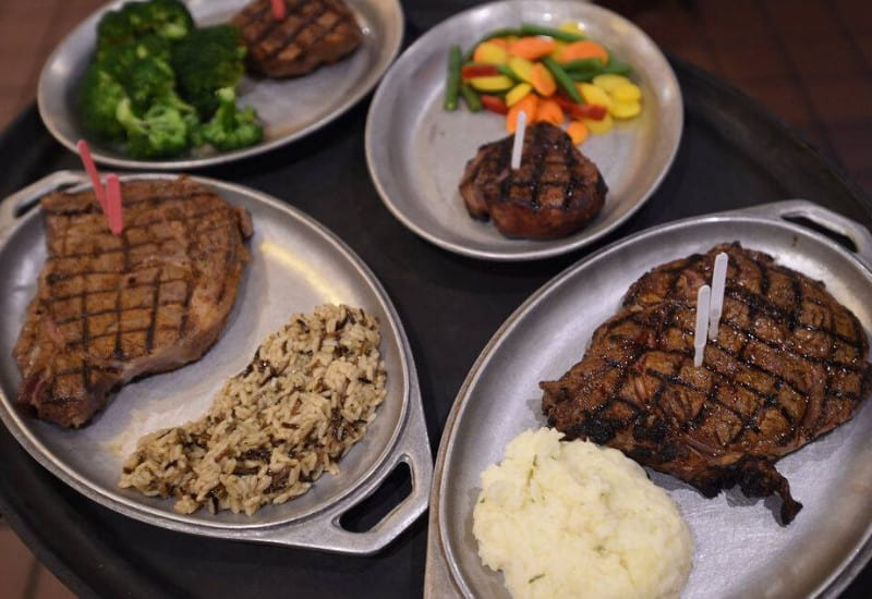 Steaks Eatery - one of the best Jackson Michigan restaurants