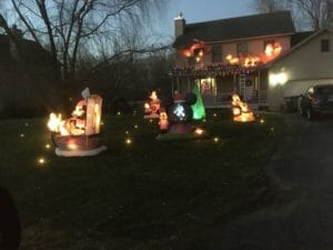 best Christmas lights in Jackson MI - Vandercook Lake
