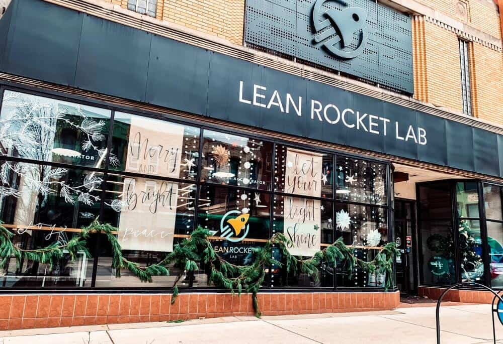 downtown Jackson is all decked out for the holidays :: photo via Lean Rocket Lab (home to Fortress Cafe)