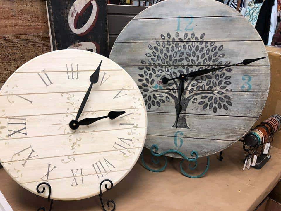 Farmhouse Clock Art Class- Jackson Mi